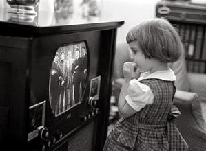 Children Watching TV in the Past (1)