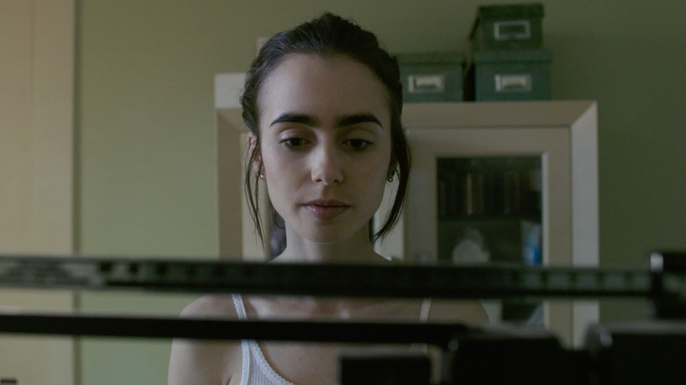 Lily-Collins-To-The-Bone-landscape-288488-edited